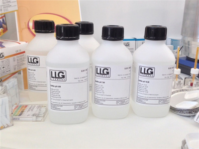 LLG teknisk buffer, klar, 1000 ml, pH 9,00 ±0,02